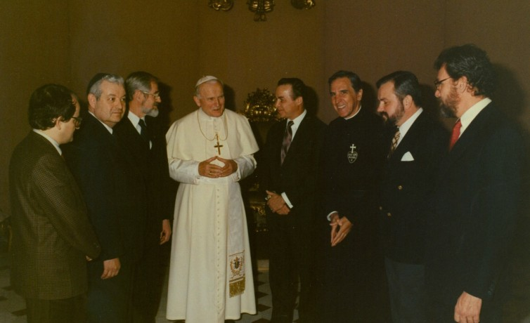 Pope John Paul II meets Project Economic Justice Delegation